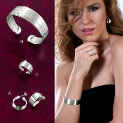 SET STHEA :: EARRINGS, BRACELET & RING