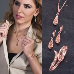ROSE GOLD PLATED SET :: NECKLACE, EARRINGS & BRACELET